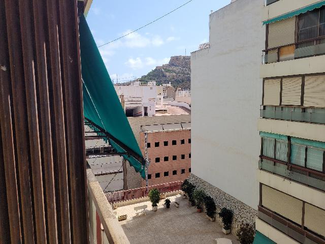 Imagen 1 Inmueble 252827 - Apartamento en venta en Alicante/alacant / Zona  centro mercado