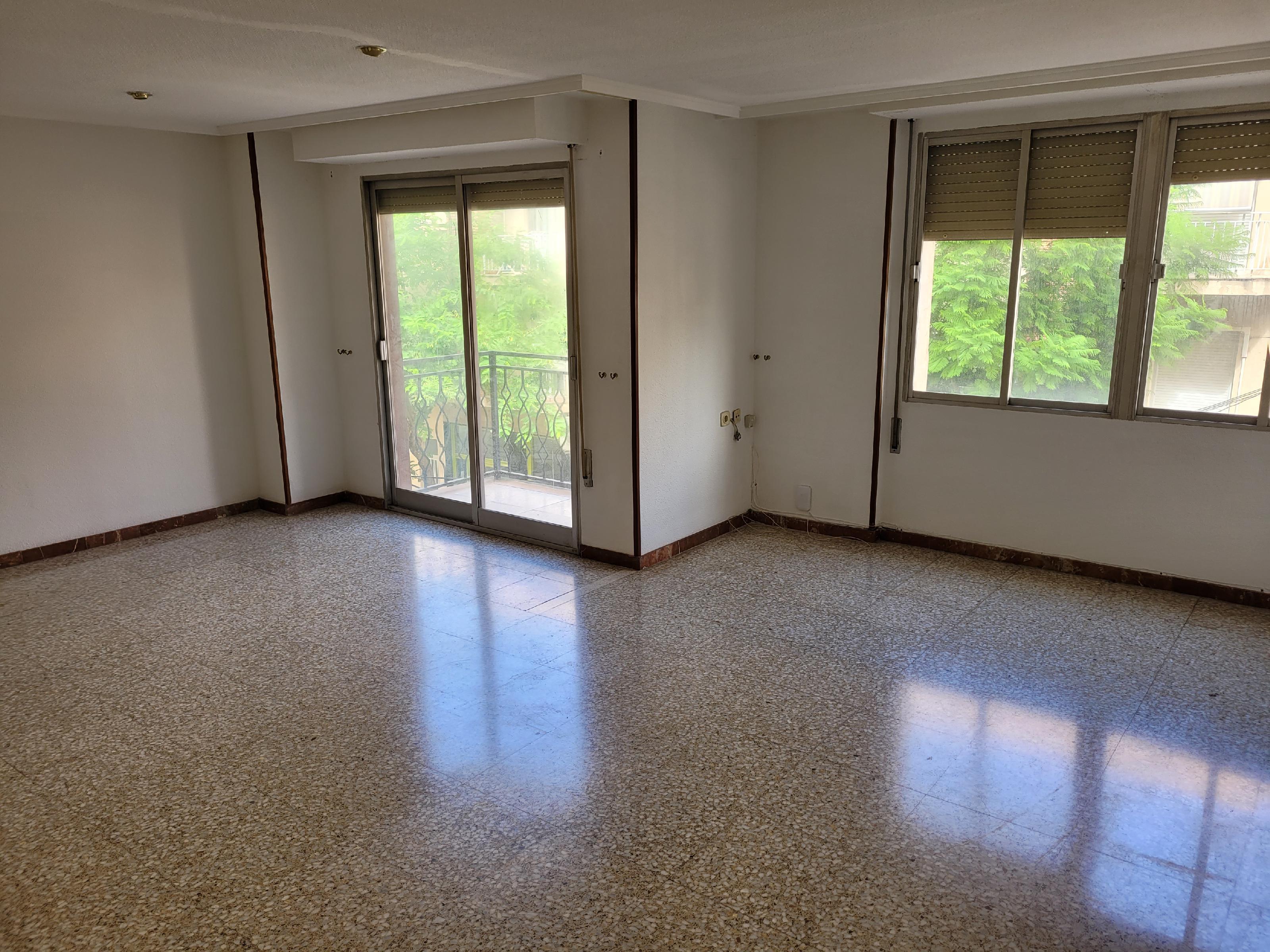 Imagen 1 Apartamento en venta en Novelda / Zona centro nuevo