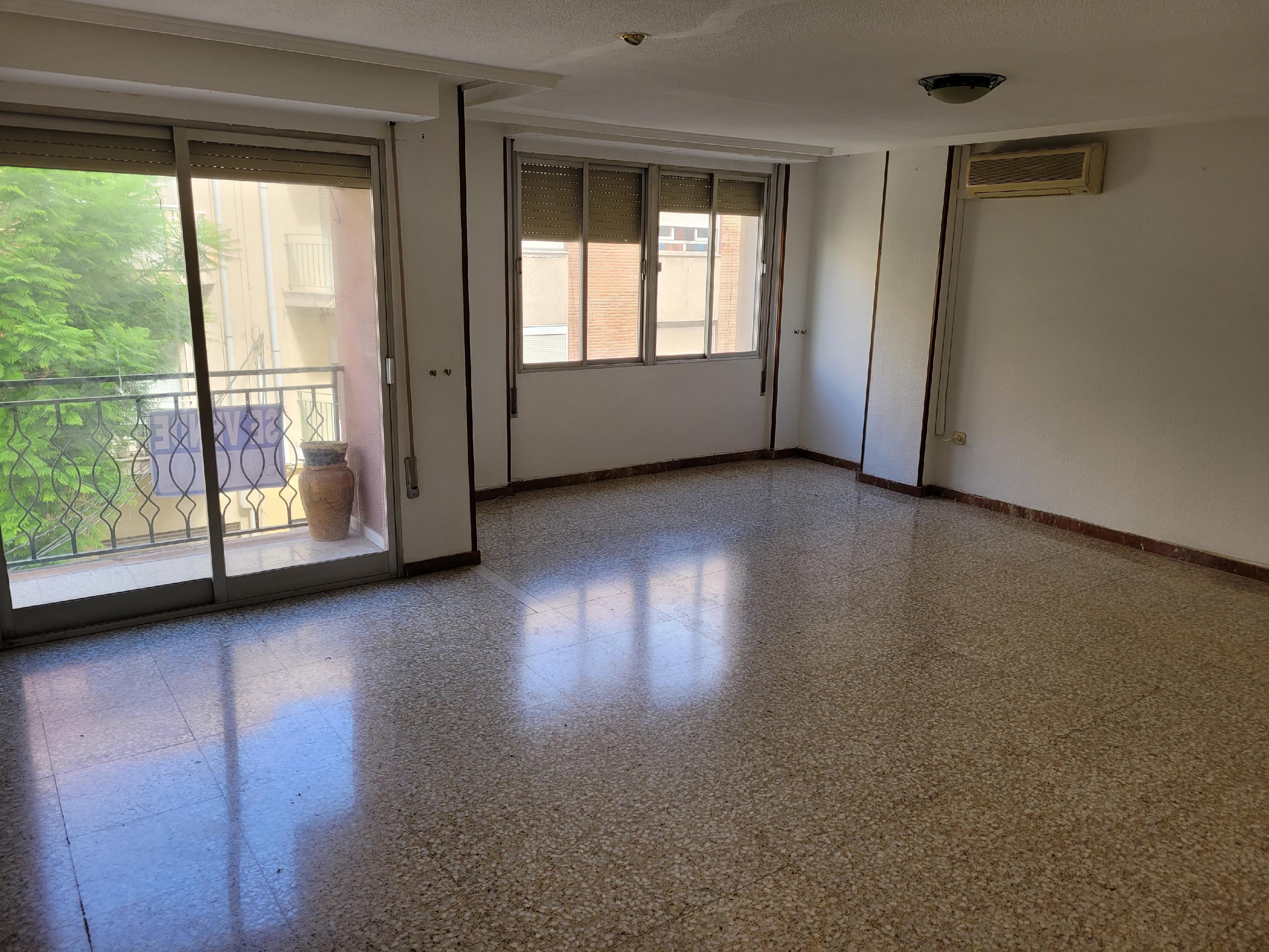 Imagen 2 Apartamento en venta en Novelda / Zona centro nuevo