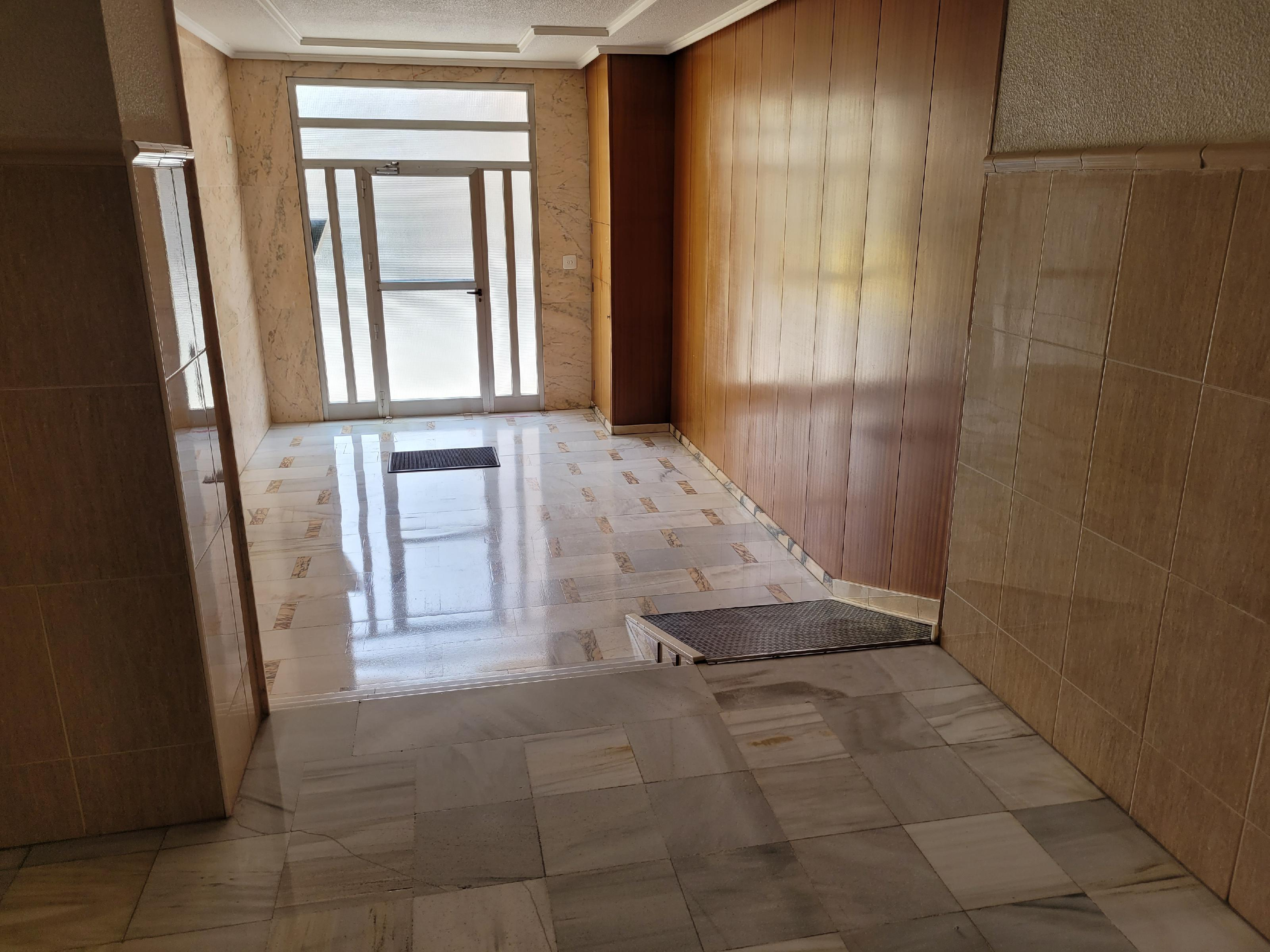 Imagen 3 Apartamento en venta en Novelda / Zona centro nuevo