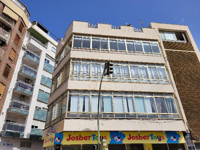 Imagen 1 Inmueble 254096 - Oficina Comercial en venta en Elda / Frente museo calzado