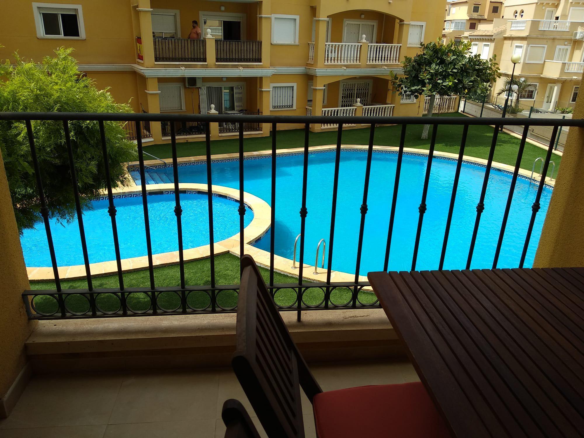 Imagen 4 Apartamento en venta en Torrevieja / La mata Urbanización Miramar