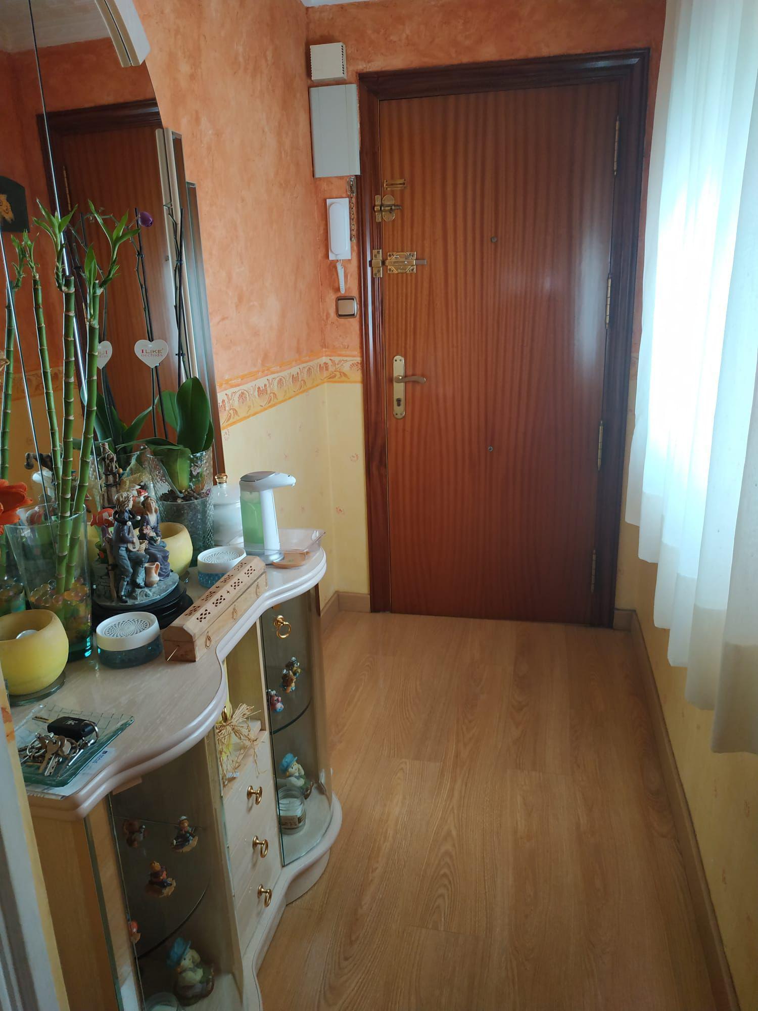 Imagen 4 Apartamento en venta en Elda / Junto estación autobuses Petrer y Avenida Madrid