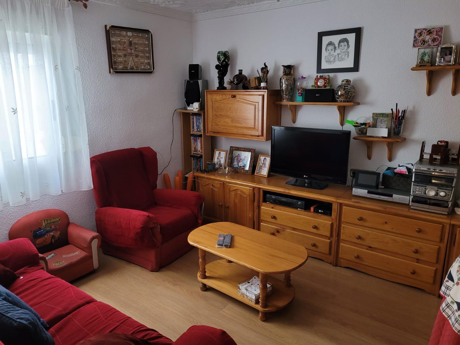 Imagen 3 Apartamento en venta en Elda / Junto estación autobuses Petrer y Avenida Madrid