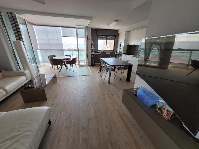 Imagen 1 Inmueble 254530 - Apartamento en venta en Campello (El) / Playa Muchavista, urbanización Gallo Rojo