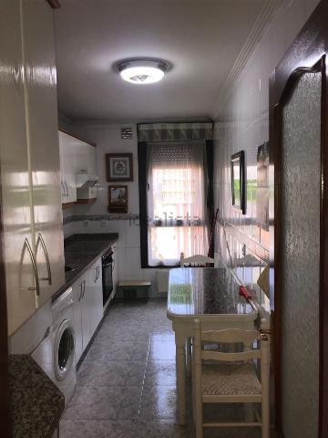Imagen 1 Inmueble 252885 - Piso en venta en Langreo / En el centro de Sama, todos los servicios cercanos.