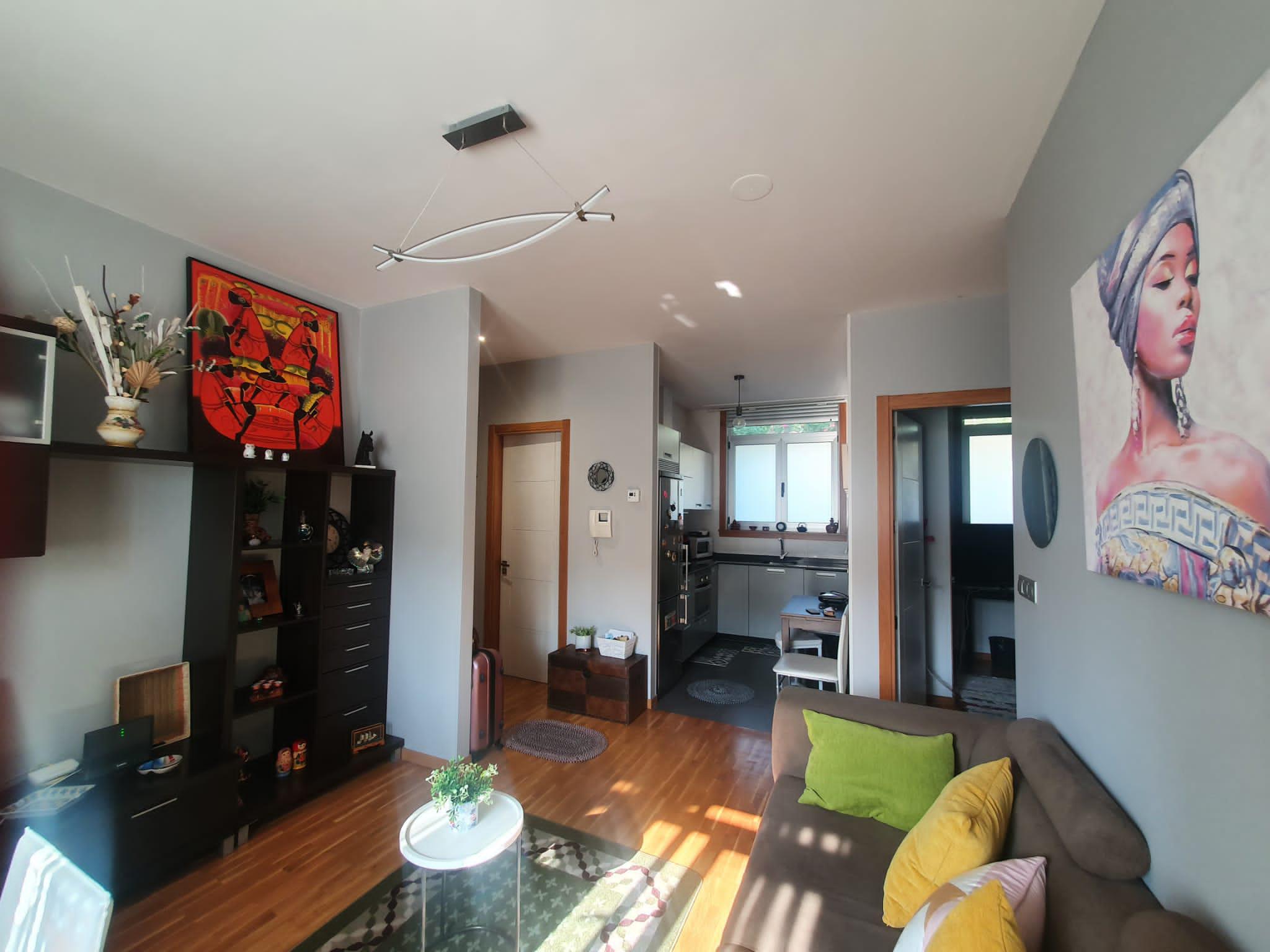 Imagen 2 Apartamento en venta en Culleredo / Oportunidad bajo exterior luminoso con terraza