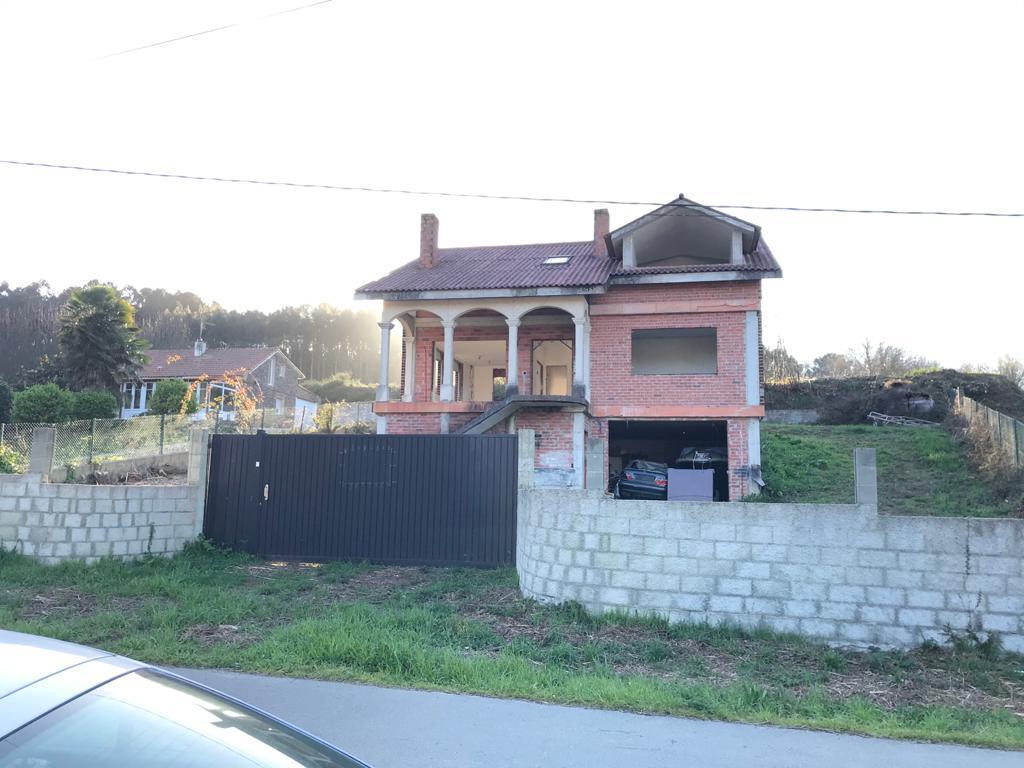 Imagen 4 Casa Aislada en venta en Abegondo / Oportunidad chalet para terminar en Abegondo