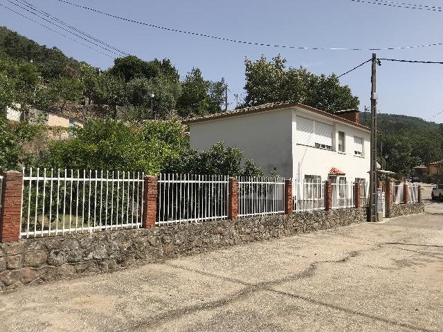 Imagen 1 Inmueble 252720 - Casa Rústica en venta en Poyales Del Hoyo / Casa en pleno parque natural del valle del Tietar
