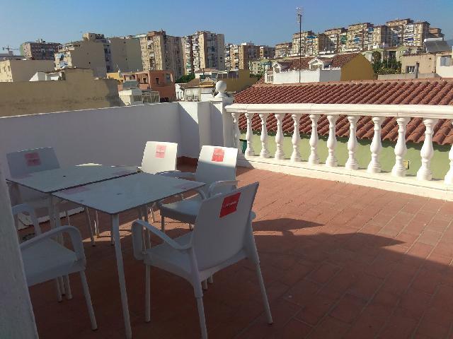 Imagen 1 Inmueble 252370 - Casa Adosada en venta en Málaga / Casa en zona de Huelin muy cerca de la playa
