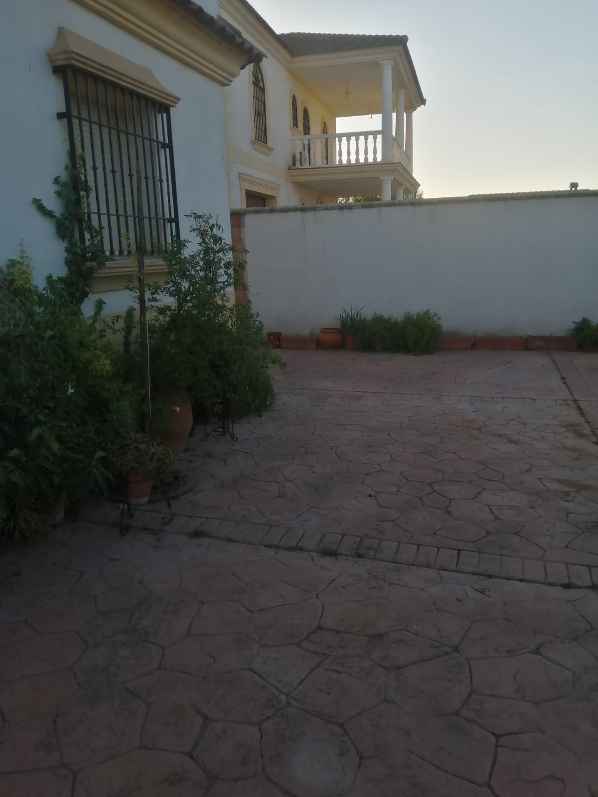 Imagen 3 Casa Rústica en venta en Córdoba / Cj Fontanar de Quintos, Urbanización la Perla 2.