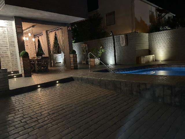 Imagen 1 Inmueble 253196 - Casa Adosada en venta en Roda De Barà / A 1 minuto de grandes superficies y 1 km de la playa