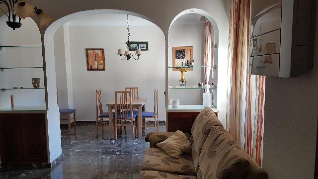 Imagen 1 Inmueble 254145 - Piso en venta en Motril / Junto a calle nueva, en pleno centro.