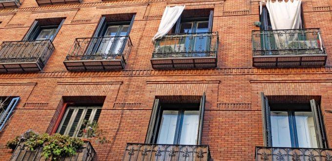 city_madrid_spain_europe_architecture_building_facade_brick-1408637