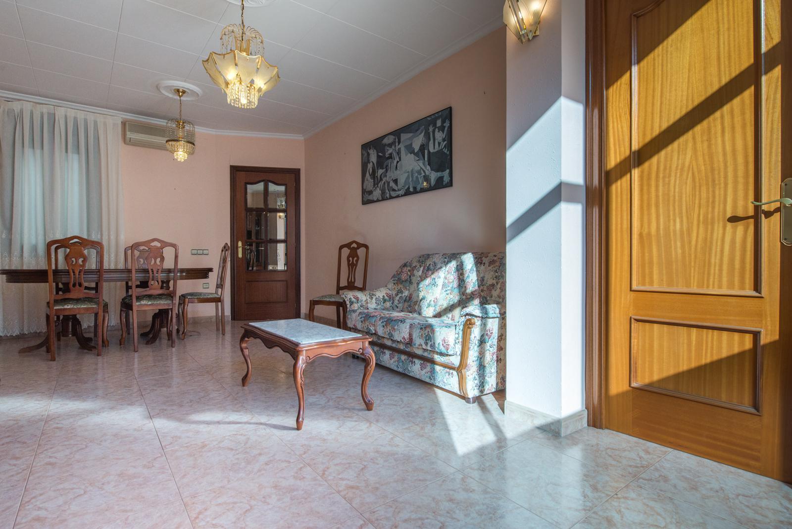 flat-for-sale-in-jto-parallel-salva-el-poble-sec-in-barcelona-226572548