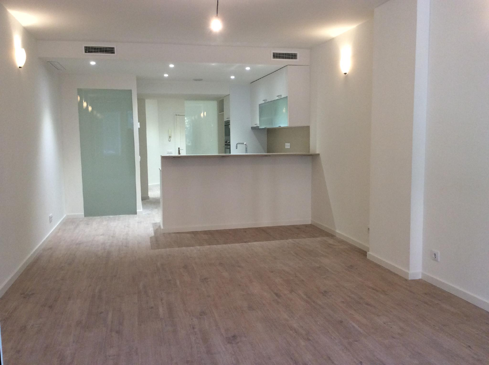 flat-for-sale-in-junto-pca-tetuan-p-sant-joan-fort-pienc-in-barcelona-226829739
